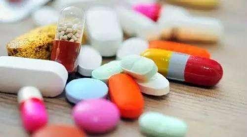 停止服用他汀类药物的类风湿性关节炎患者面临更高的死亡风险。